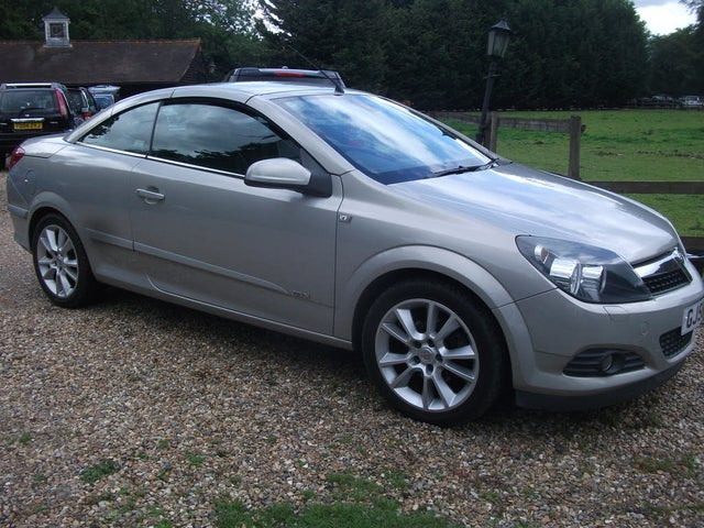 2006 Vauxhall Astra 1.8 Twin Top Design 16v Convertible auto (56 reg)