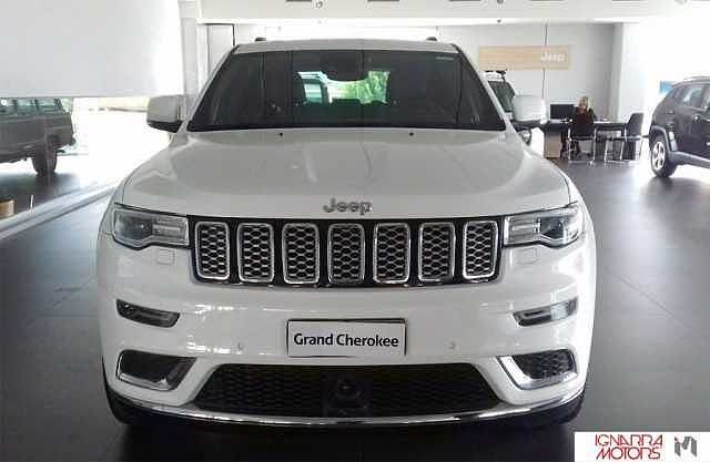 2018 Jeep Grand Cherokee V6 Summit