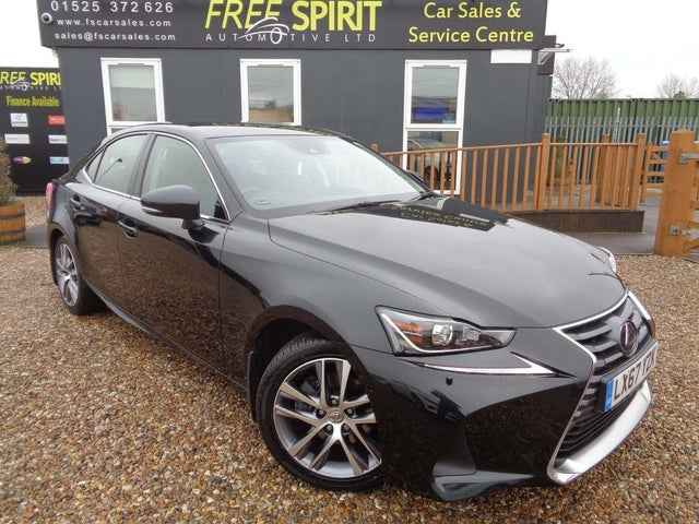 2017 Lexus IS 300h 2.5 Executive Edition (67 reg)