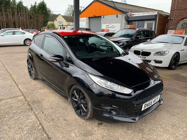 2016 Ford Fiesta 1.0T Zetec S Black Edition (66 reg)