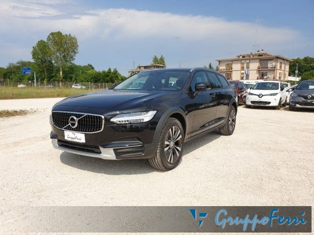 2020 Volvo V90 Cross Country D4 AWD Business Plus