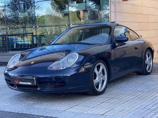 2000 Porsche 911 Carrera 4 Coupé