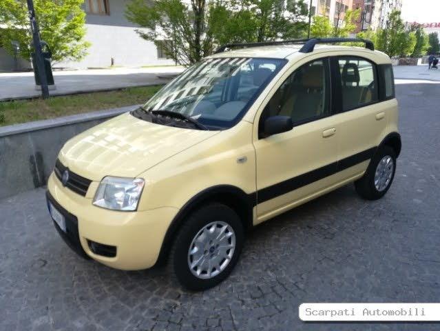 2004 Fiat Panda 4x4 Climbing
