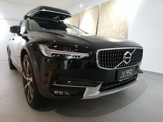 2018 Volvo V90 Cross Country D4 AWD Pro