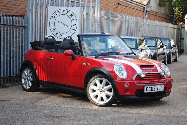 2005 MINI Cooper 1.6 Cooper S (Chili) Convertible 2d (05 reg)