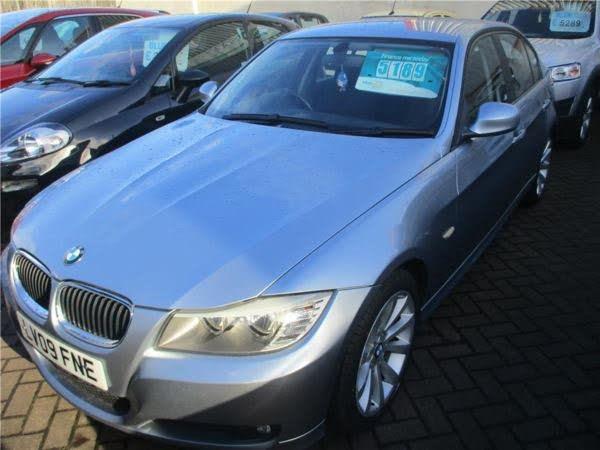 2009 BMW 3 Series 2.0 318i SE Saloon 4d auto (09 reg)
