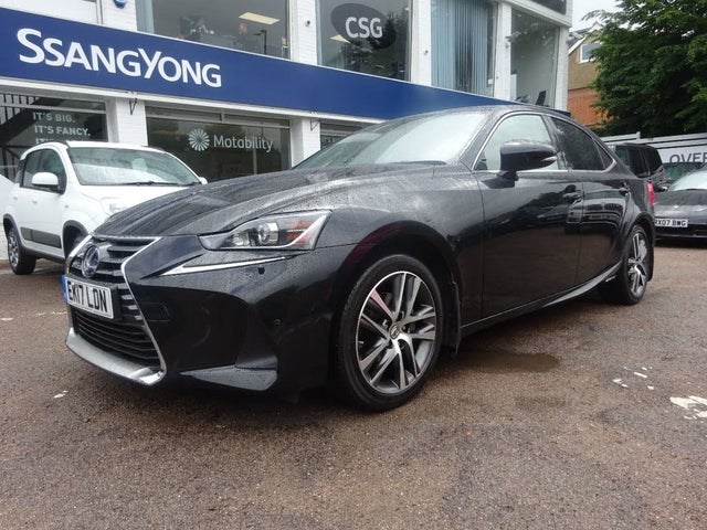 2017 Lexus IS 300h 2.5 Luxury (17 reg)