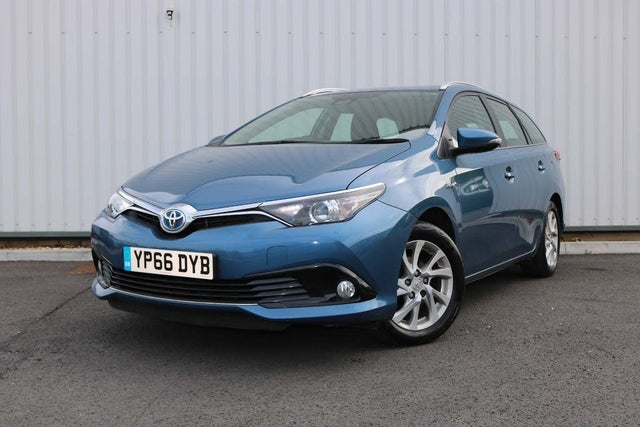 2017 Toyota Auris 1.8 VVT-i HSD Business Edition Hybrid (66 reg)