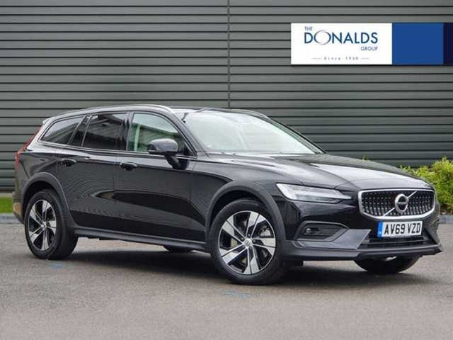 2020 Volvo V60 2.0TD D4 Cross Country Plus (69 reg)