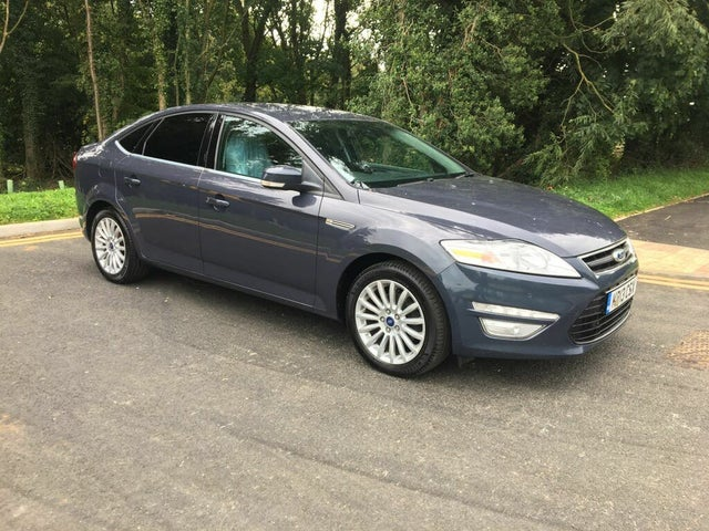 2013 Ford Mondeo 2.0TDCi Zetec Business (140ps) Hatchback (13 reg)