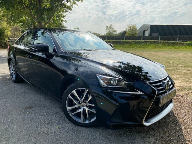 2017 Lexus IS 300h 2.5 Advance (17 reg)