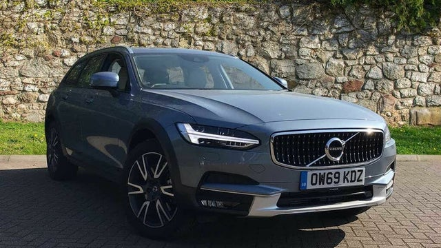 2020 Volvo V90 2.0TD D4 Cross Country Plus (69 reg)