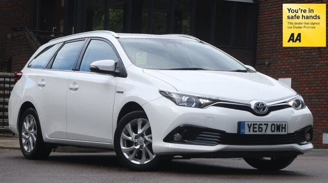 2017 Toyota Auris 1.8 VVT-i HSD Icon Tech Estate (67 reg)