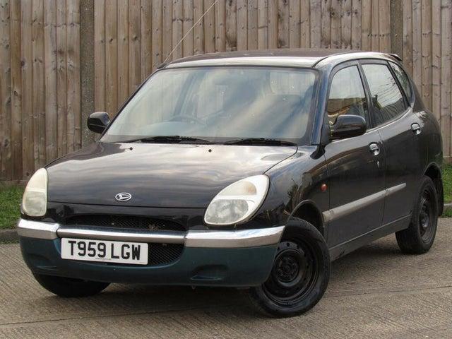 1999 Daihatsu Sirion 1.0 + auto