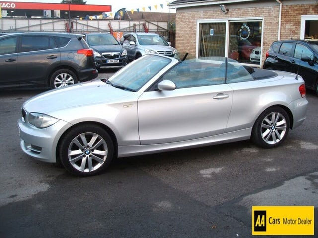 2009 BMW 1 Series 2.0 118i SE Convertible 2d (58 reg)