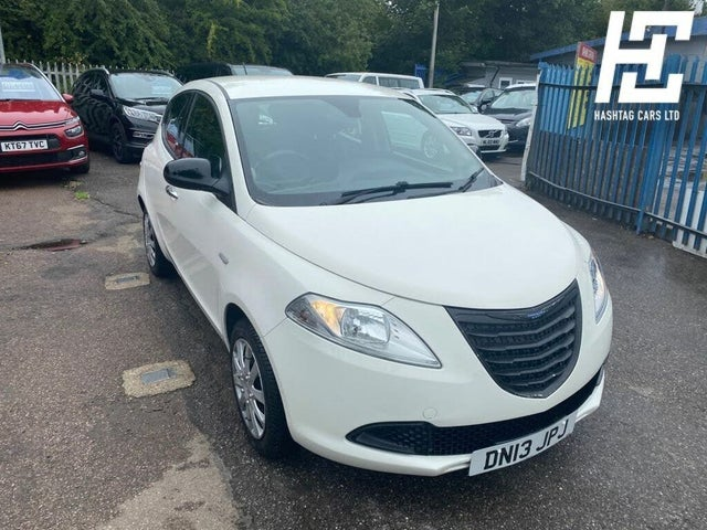 2013 Chrysler Ypsilon 1.2 S (13 reg)