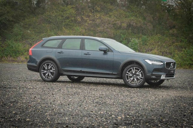 2020 Volvo V90 2.0 T5 Cross Country Plus (20 reg)
