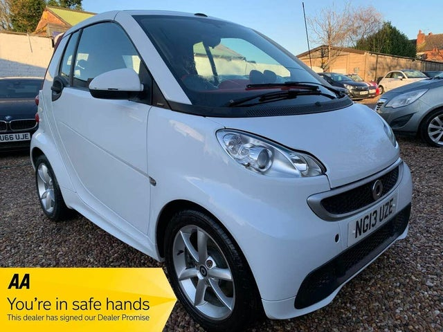 2013 Smart fortwo 0.8TD Passion Cabriolet (13 reg)