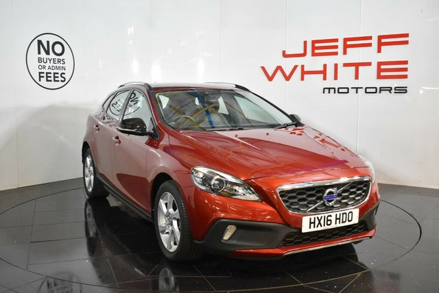 2016 Volvo V40 2.0TD D2 Cross Country Lux Geartronic (16 reg)