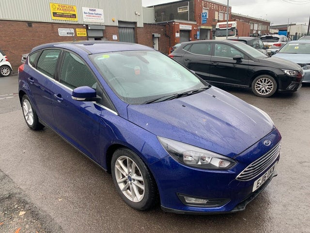 2016 Ford Focus 1.5TDCi Zetec (120ps) Hatchback 1498cc Powershift (16 reg)