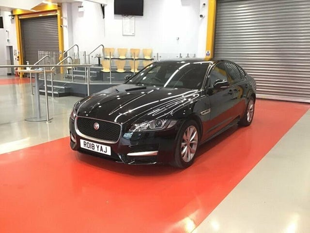 2018 Jaguar XF 2.0i R-Sport (200ps) Saloon 4d 1999cc (18 reg)