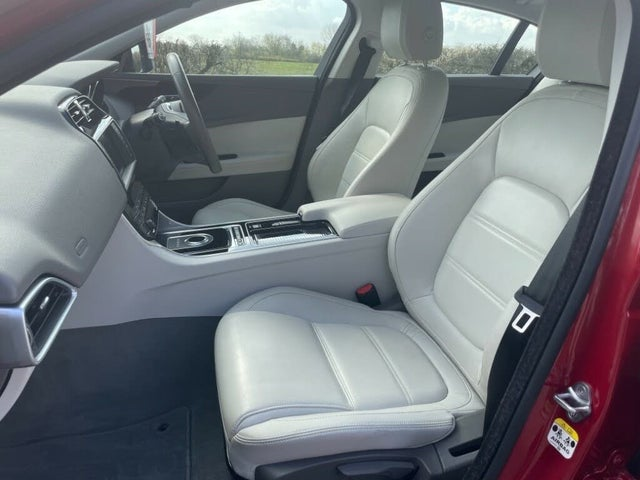 2017 Jaguar XE 2.0i Prestige (200ps) (s/s) 1999cc (17 reg)