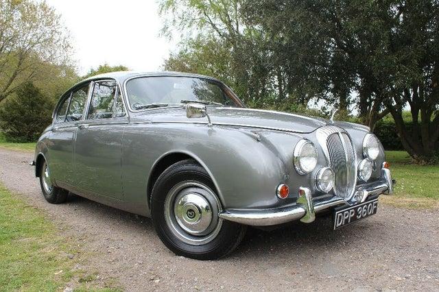 1968 Daimler 250 V8