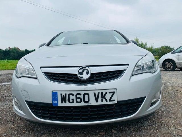 2011 Vauxhall Astra 1.6 Exclusiv 16v VVT (115ps) Hatchback 5d (LP reg)