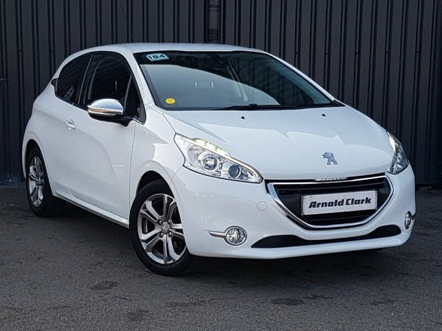 2015 Peugeot 208 1.2 PureTech Allure (82bhp) 3d (15 reg)