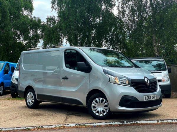 2015 Renault Trafic 1.6dCi SL27 120 Business+ Low Roof (64 reg)