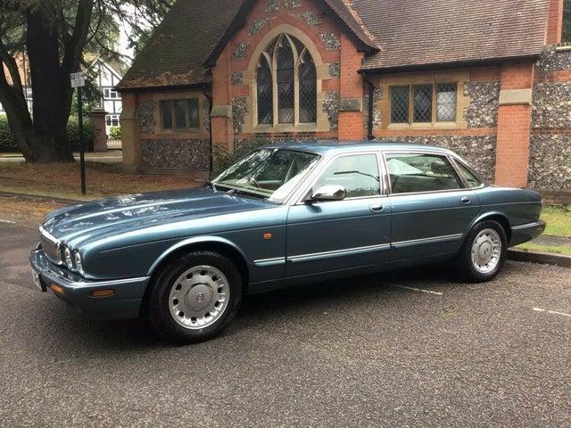 1999 Daimler XJ Series 4.0 V8 LWB