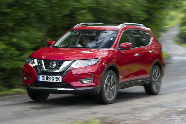 Nissan X-Trail cornering