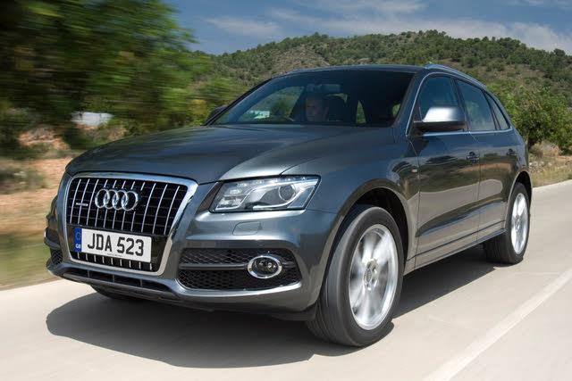 Audi Q5 driving front