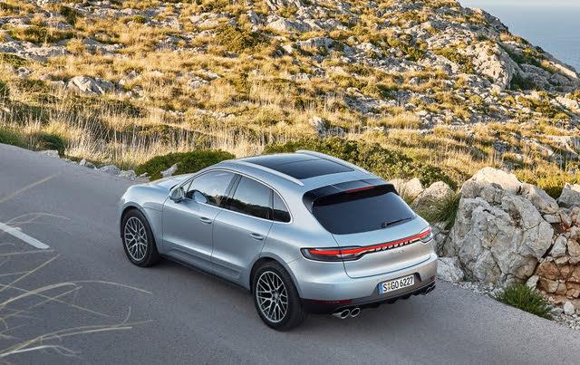 2014- Porsche Macan SUV rear static