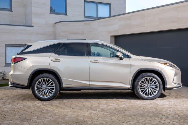 2015-2020 Lexus RX 450h silver, side profile, static