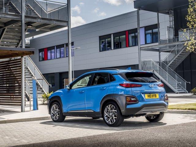 2017-2020 Hyundai Kona, blue, rear three-quarters, static